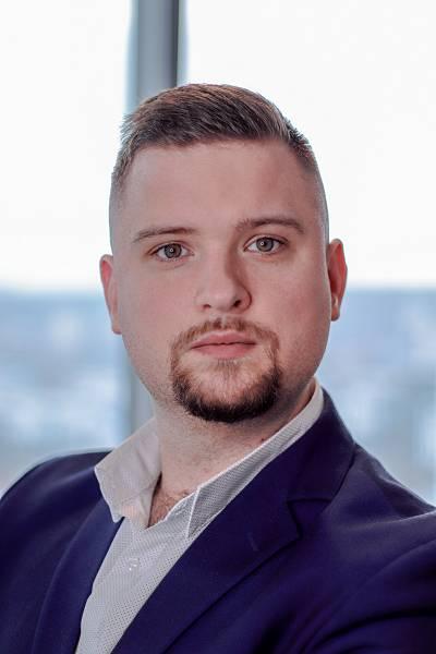 Adam Gola
